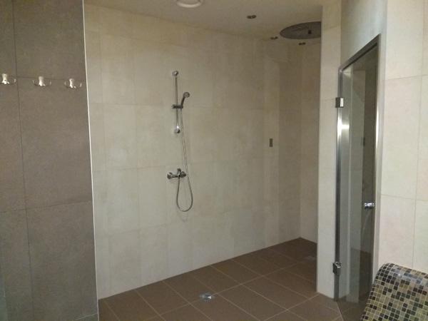 prysznice-w-saunie-aqua-centrum-chełmiec