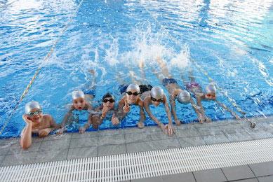 Zajęcia grupowe w pływaniu
